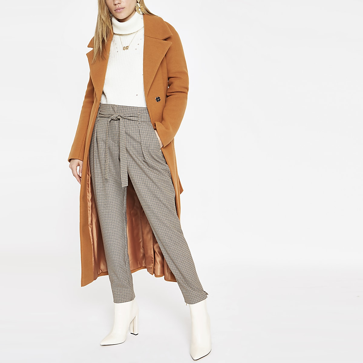 Brown check belted tapered pants