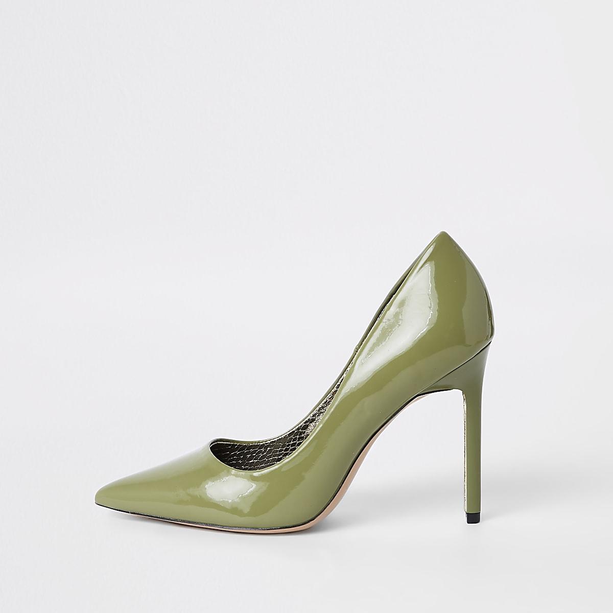 Green pointed skinny heel pumps