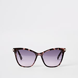 Brown tortoise shell cat eye sunglasses