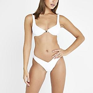 Bas de bikini échancré blanc en V sur le devant