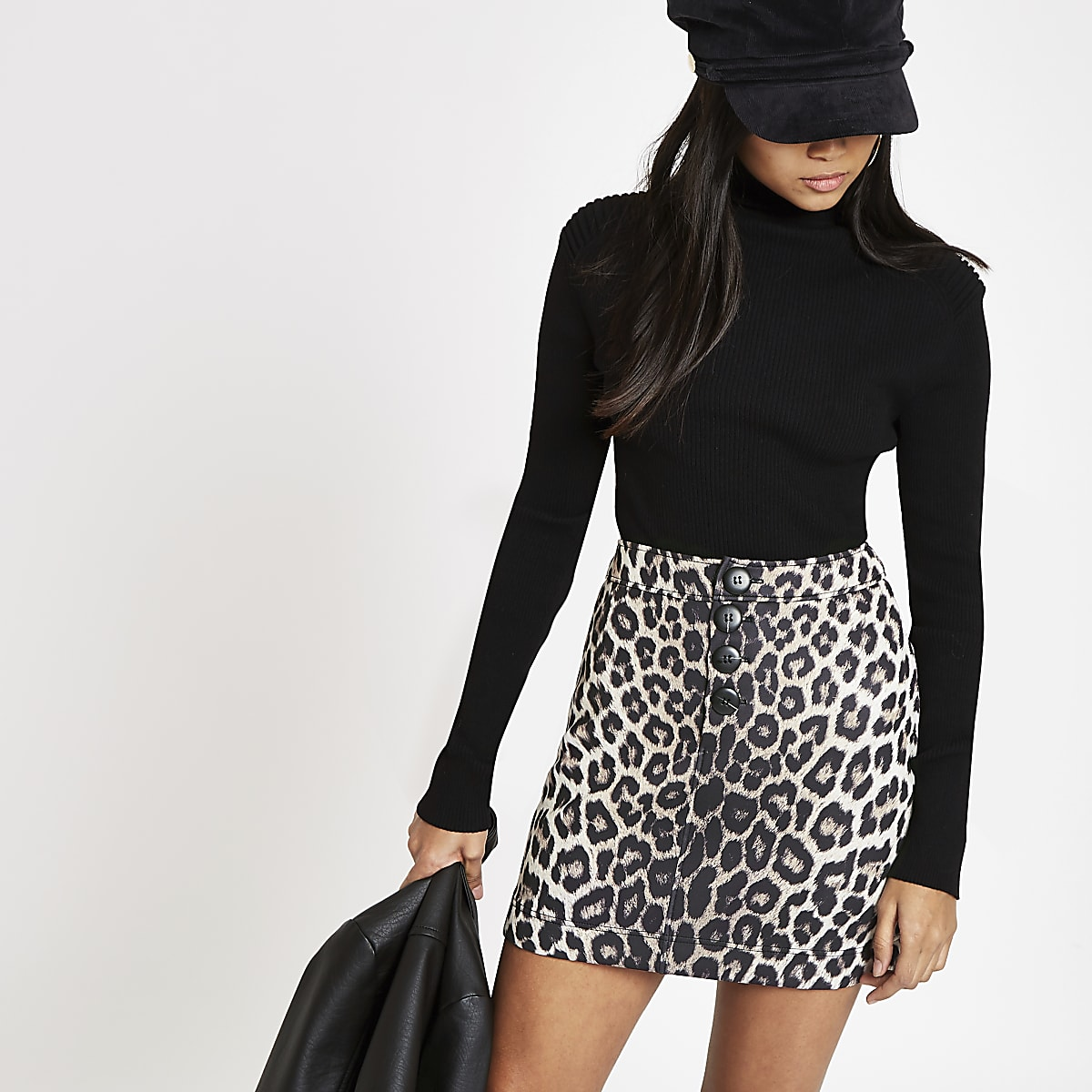 Petite grey leopard print button skirt
