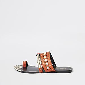 Orange trim toe ring sandals