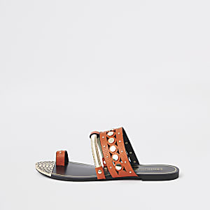 Oranje sandalen met bies en teenlus