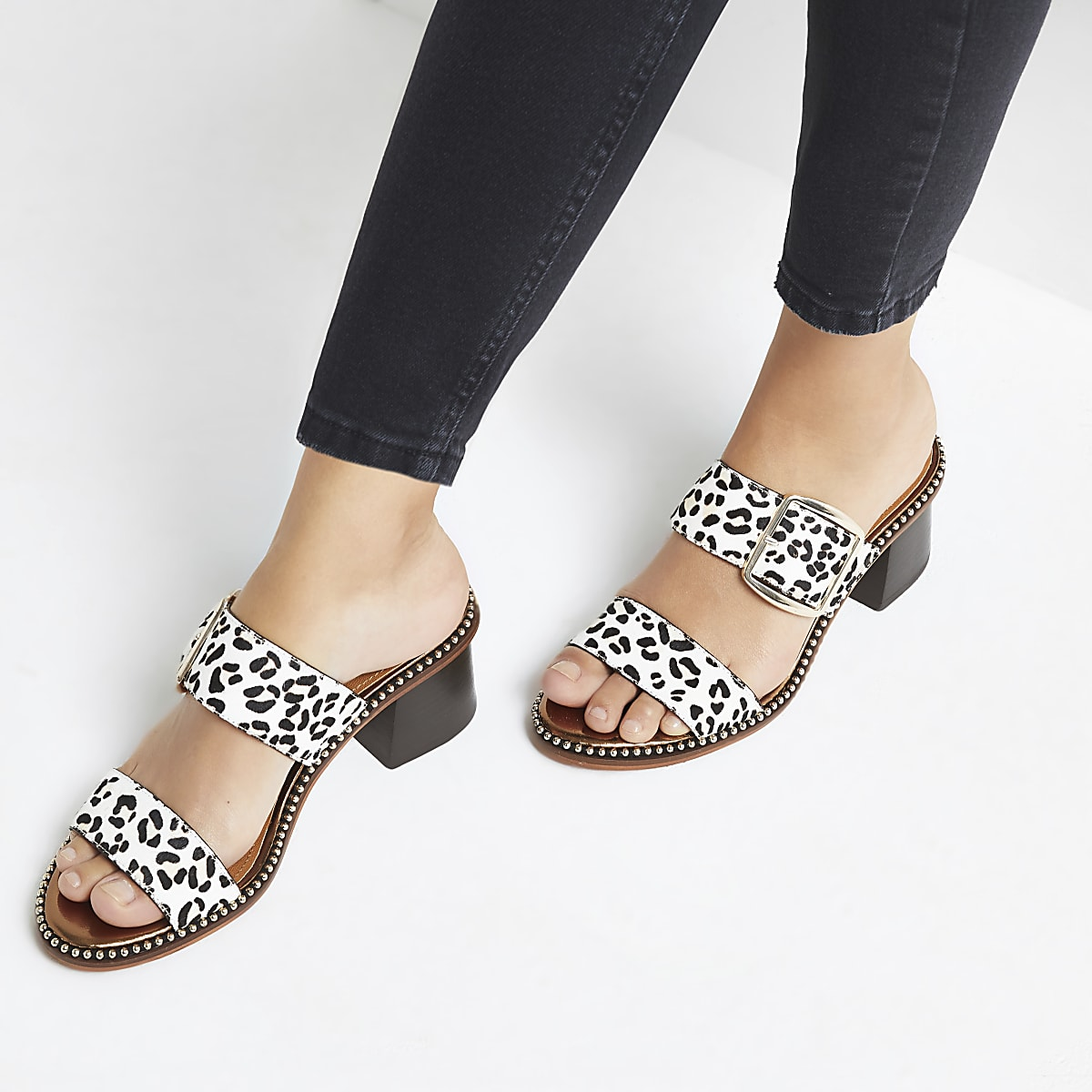 95937978741 White leather leopard print block heel mules
