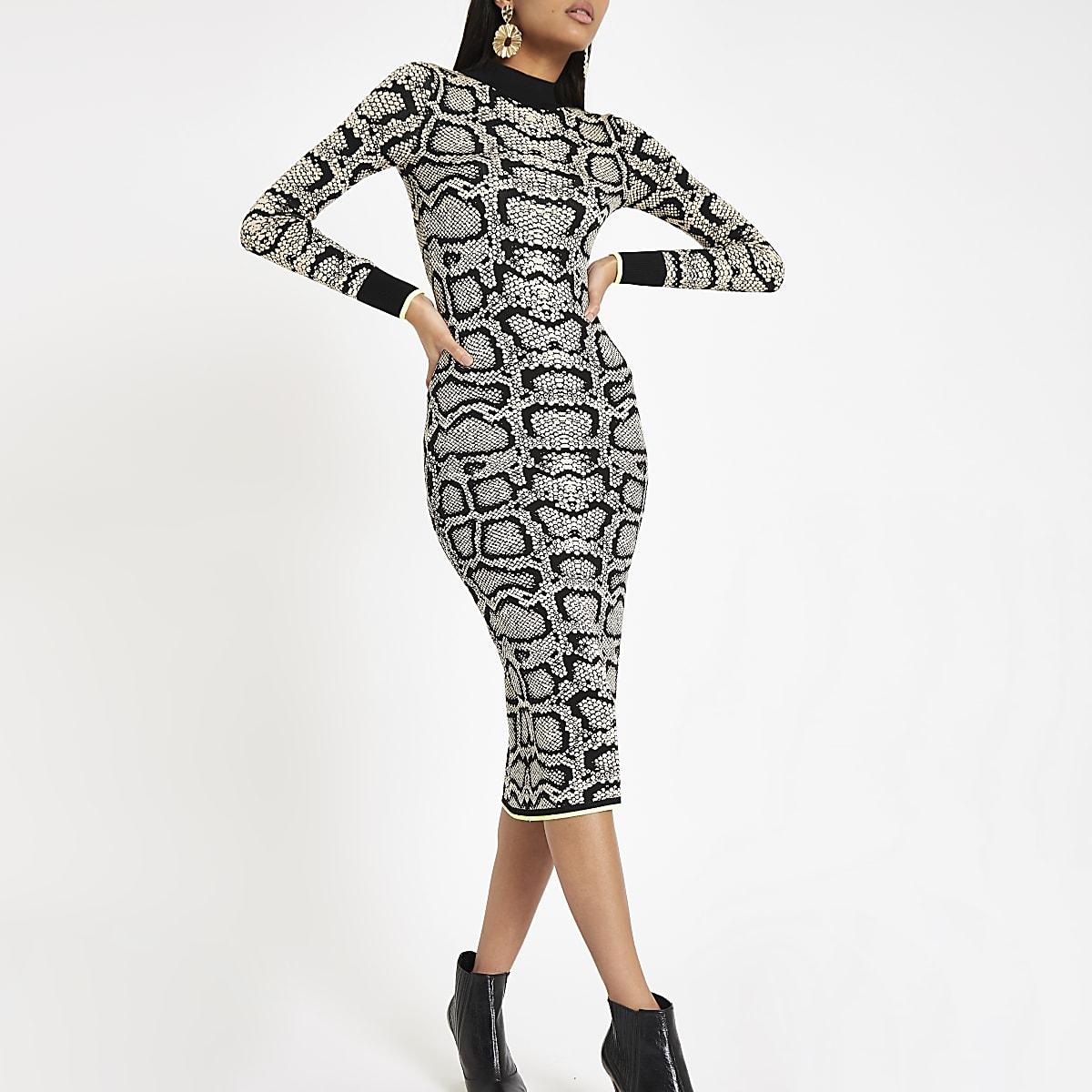 ef3b200ad1c308 Bruine hoogsluitende strakke jurk met slangenleerprint Bruine hoogsluitende  strakke jurk met slangenleerprint ...