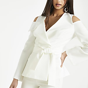 White cold shoulder blazer
