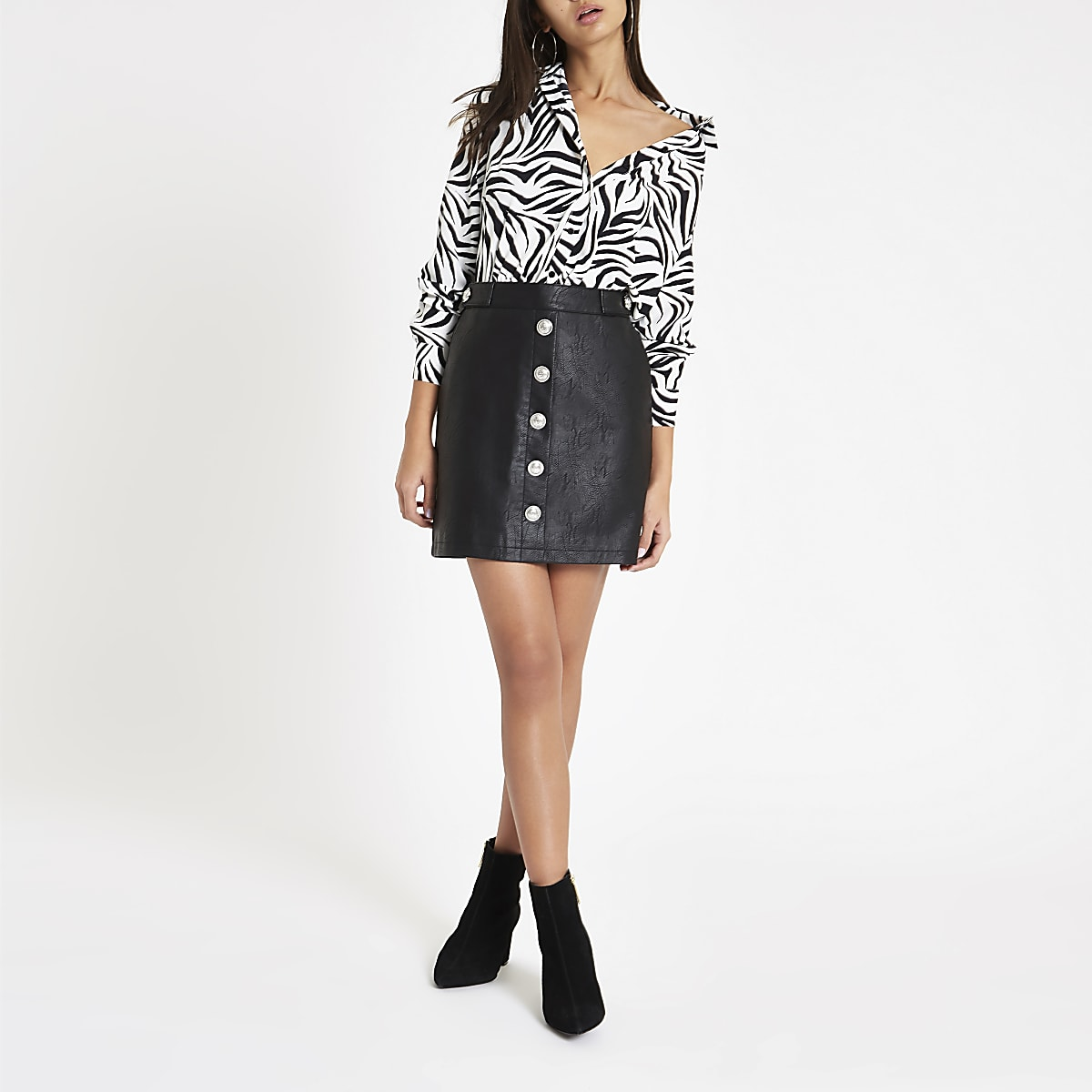 a989bf9be203 Black faux leather button front mini skirt - Mini Skirts - Skirts - women