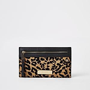 Beige Geldbörse mit Leoparden-Print