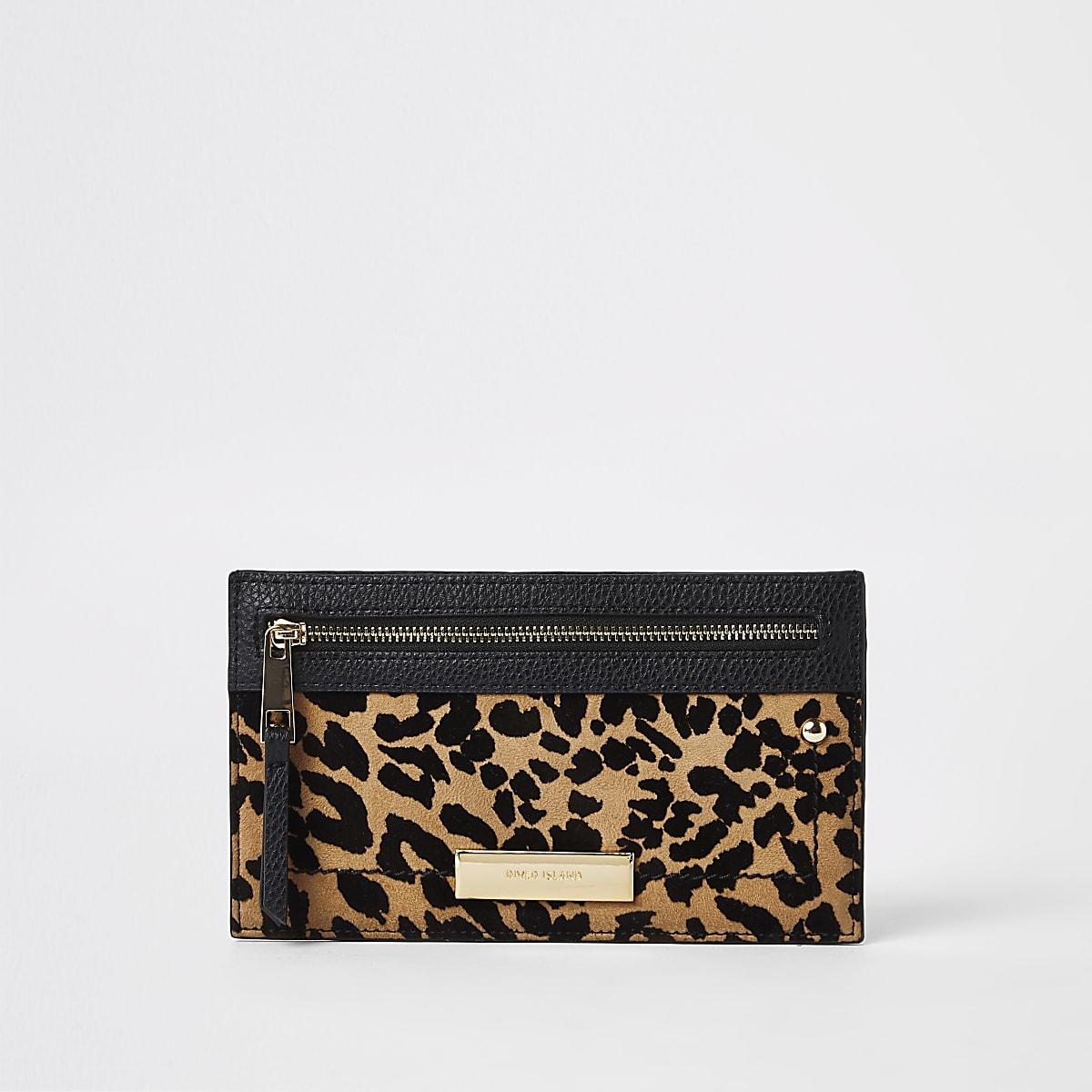 Beige smalle portemonnee met luipaardprint