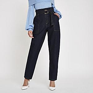 Pantalon en denim foncé à taille haute ceinturée
