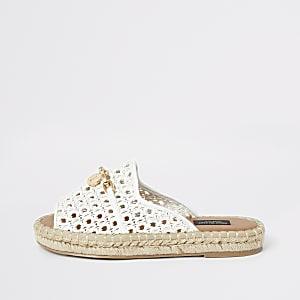 Sandales espadrilles blanches à bout ouvert coupe large