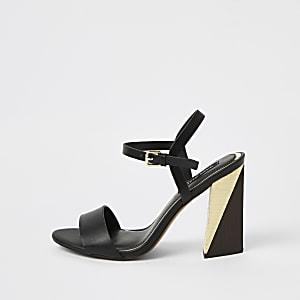 Zwarte sandalen met split en blokhak