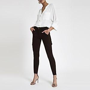 Amelie – Super Skinny Utility-Jeans in Braun