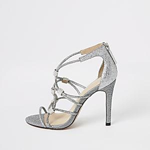 Zilverkleurige sandalen met diamantjes en hak
