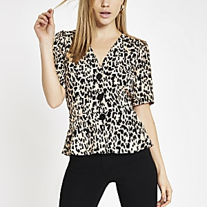 Leopard print button-up peplum hem top