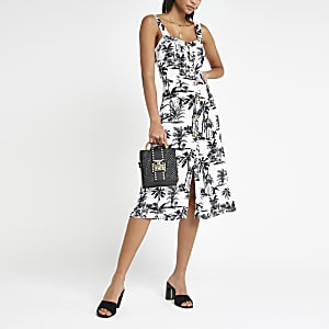 dff8ff231 Navy print button front midi dress