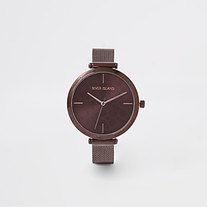 Brown mesh strap watch