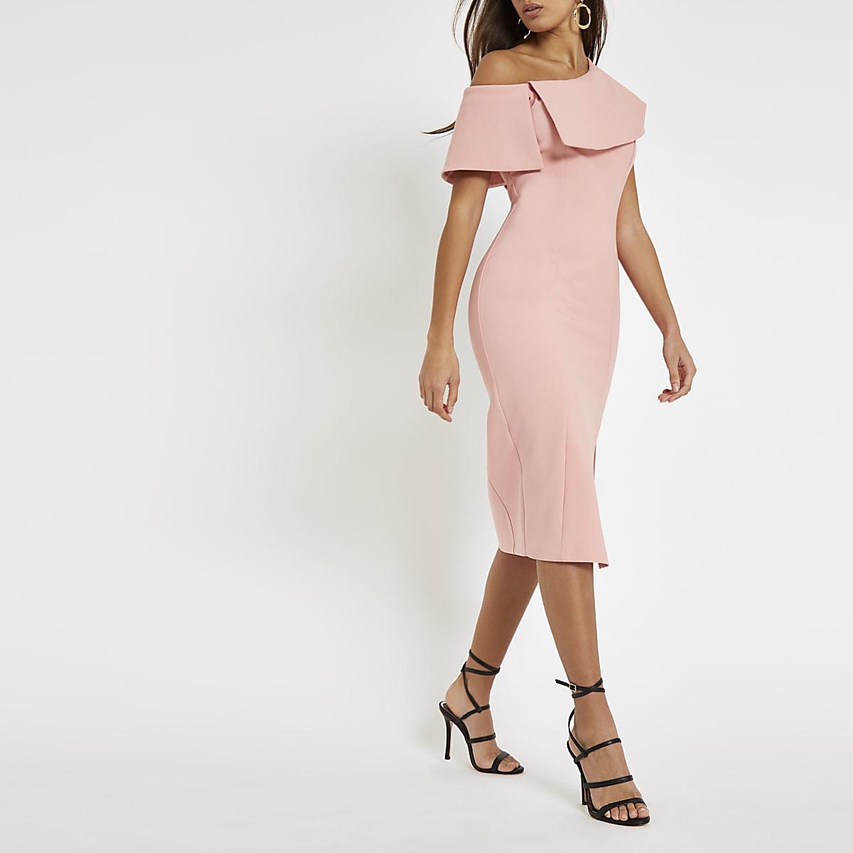 Pink cape sleeve midi dress