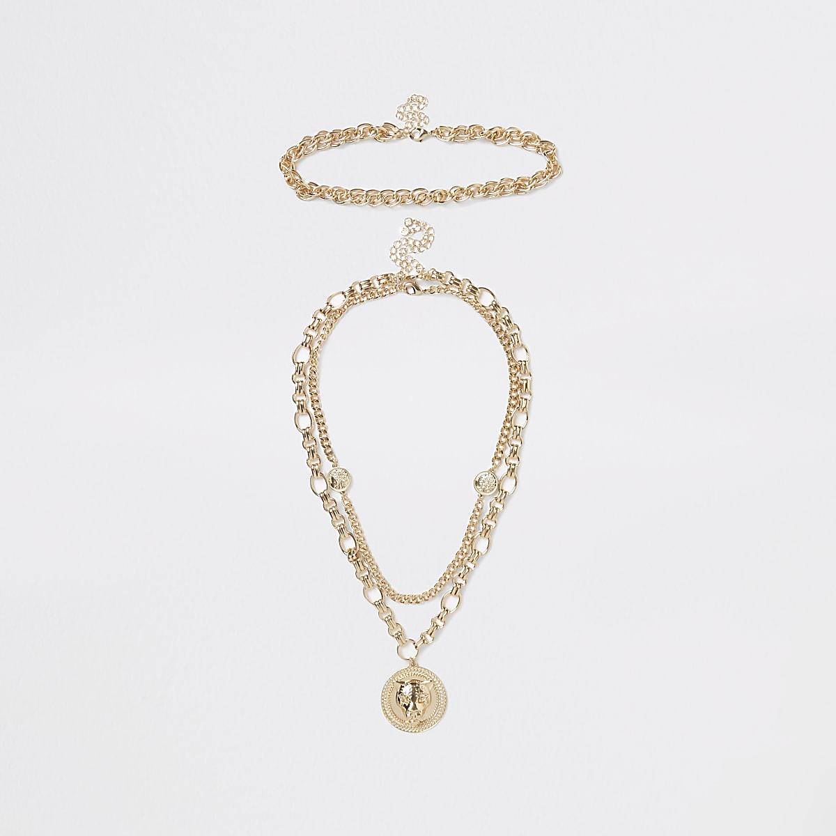 Gold colour chunky lion pendant necklace