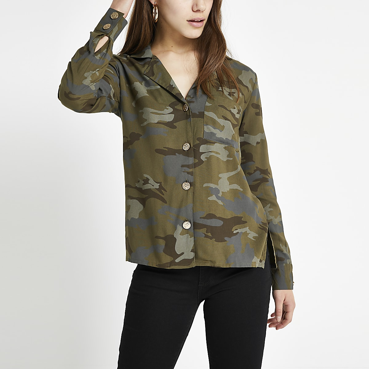 Petite – Chemise camouflage kaki à manches longues