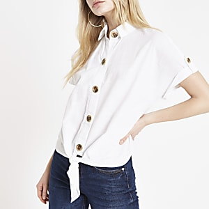 0d314d0317 White tie front crop shirt