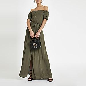 Kaki maxi-jurk in bardotstijl met knopen