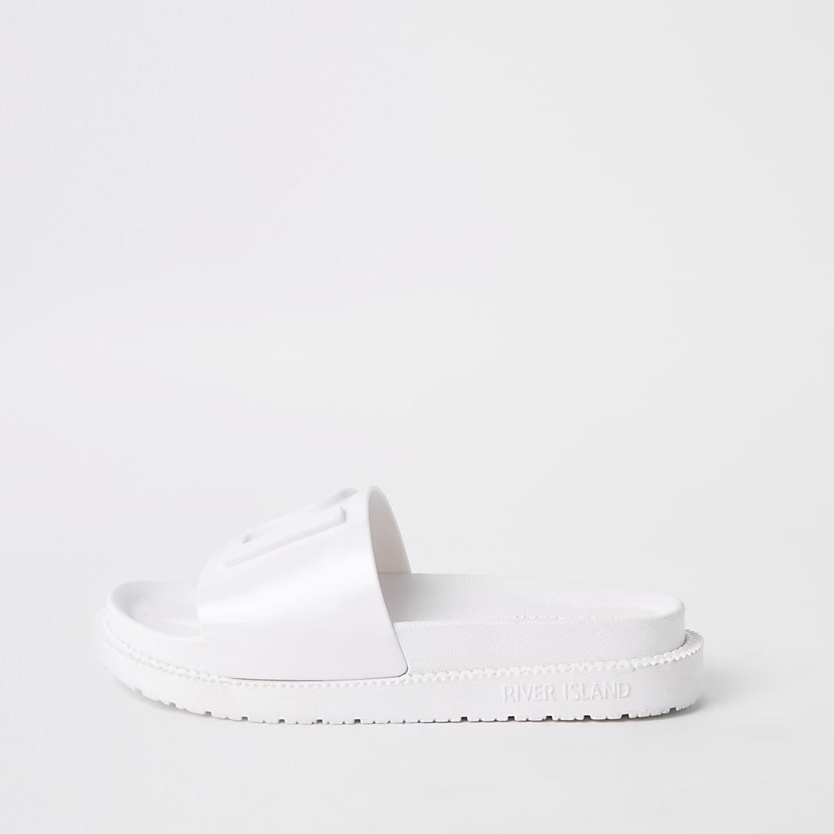 White RI jelly sliders
