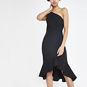 Robe moulante noire asymétrique