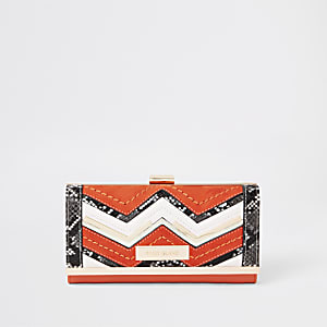 Orange snake zig zag detail cliptop purse