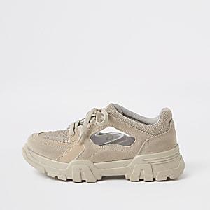 Grijze stevige vetersneakers