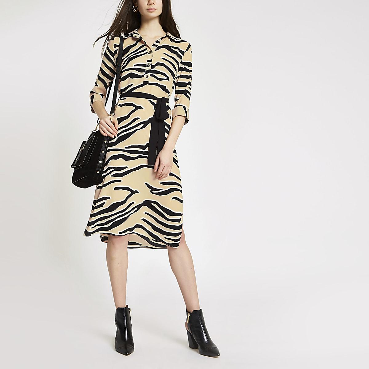 Beige overhemdjurk met zebraprint