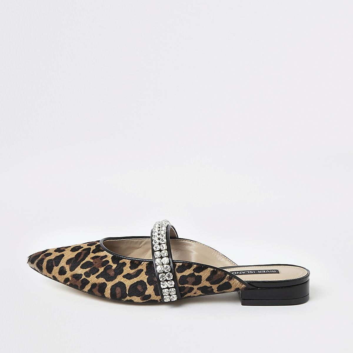 Mocassins léopard marron à pierreries et bout pointu style mules