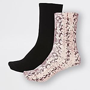 2 paar roze sokken met slangenprint
