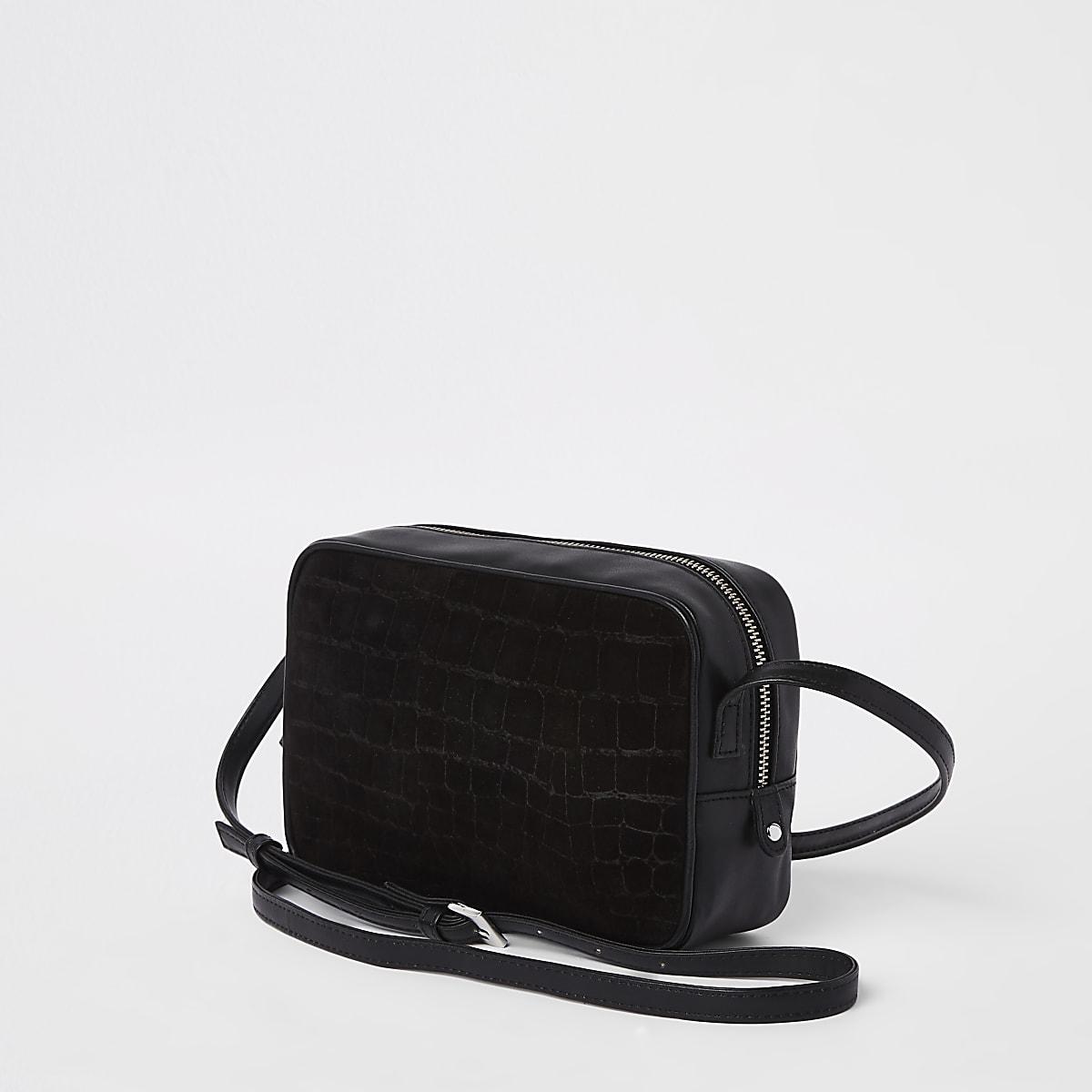 Sac bandoulière en cuir noir effet croco en relief