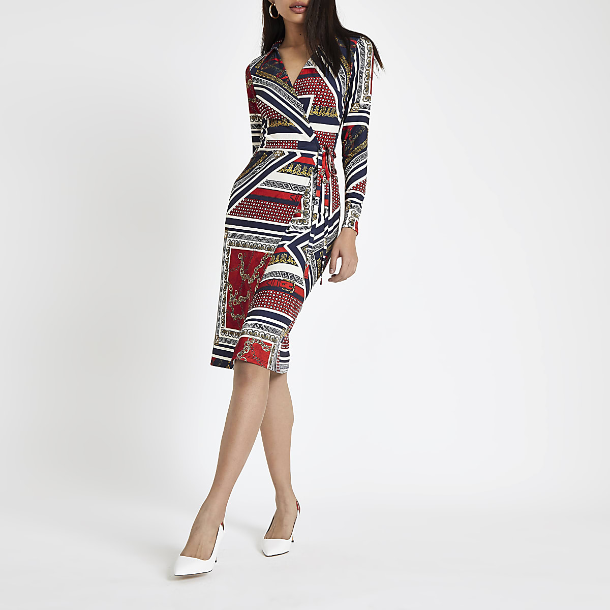 Red chain print tie wrap dress