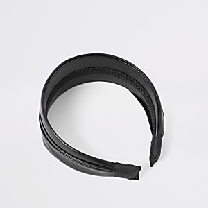 Black pleated hair band