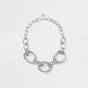 Silver color chunky circle necklace