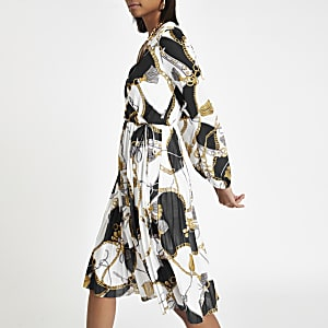 Witte geplooide jurk met kettingprint