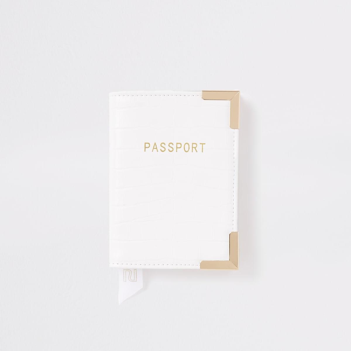 Witte paspoorthouder met krokodillenreliëf