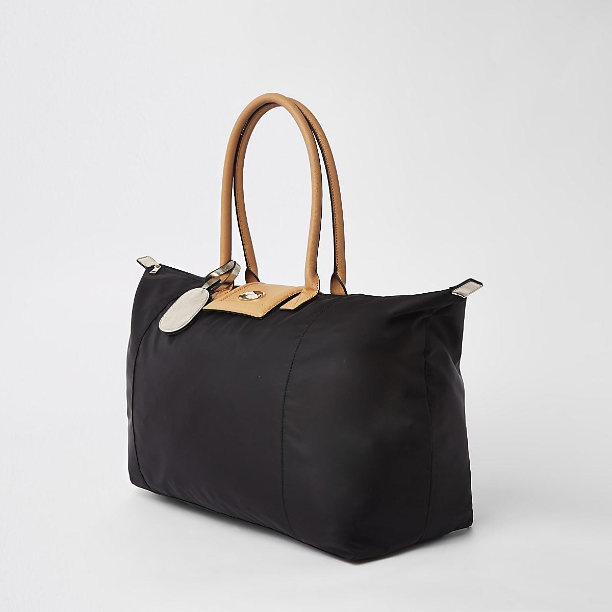 Black soft RI weekend travel bag
