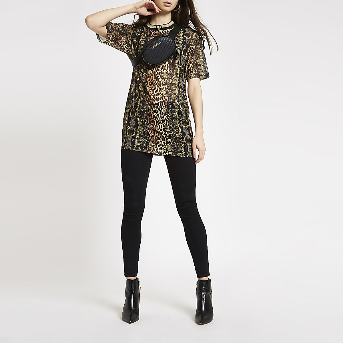 Black animal print short sleeve mesh top