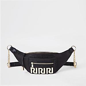 Zwarte tas met RI-logo en riem