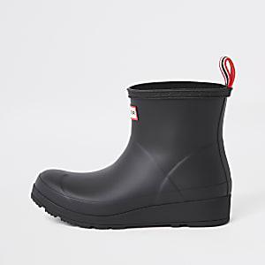 Hunter Play black short wellington boots