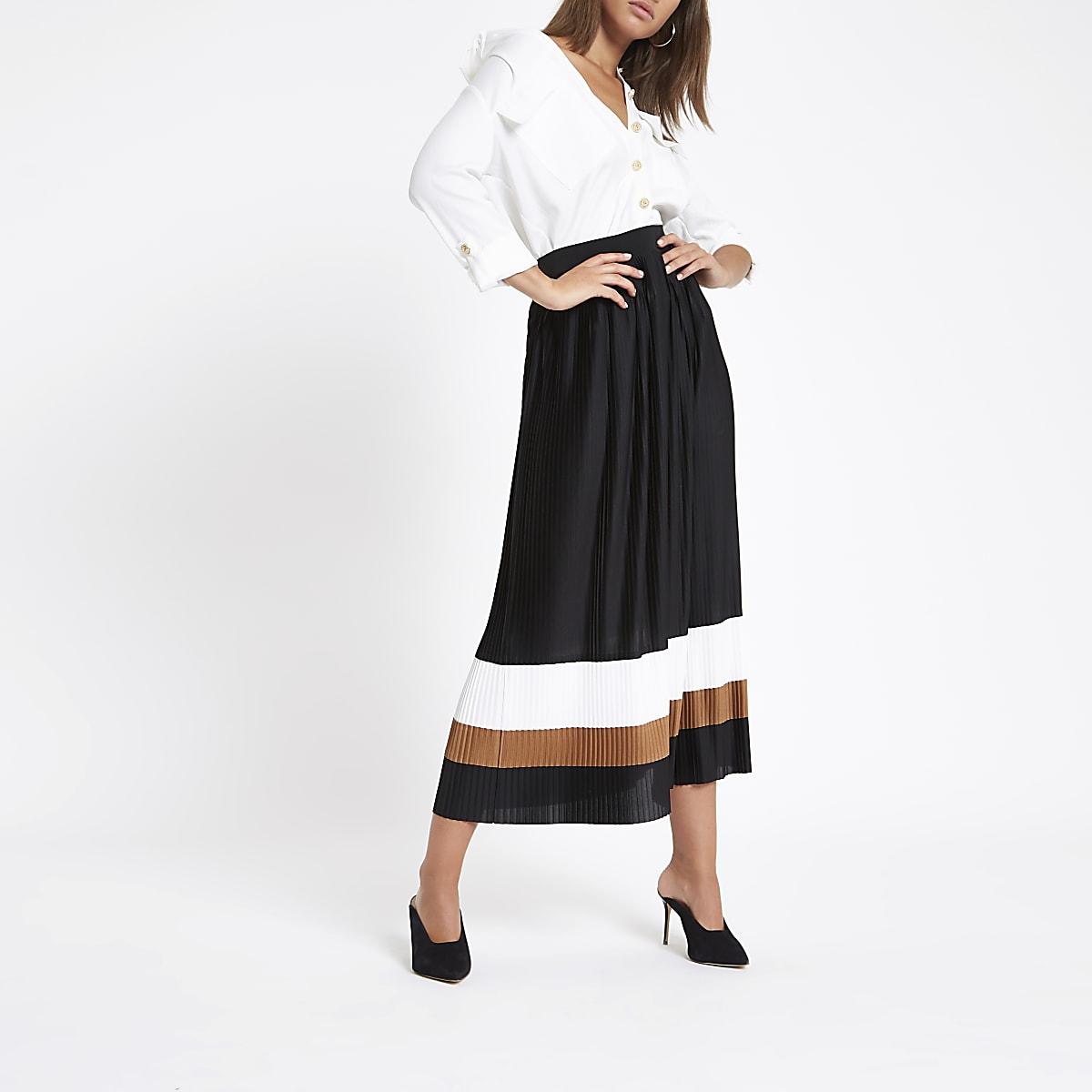 Black pleated block midi skirt