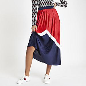 Jupe mi-longue plissée motif chevrons rouge