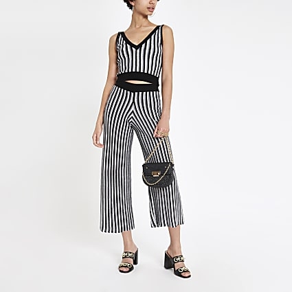 Black stripe knitted crop top
