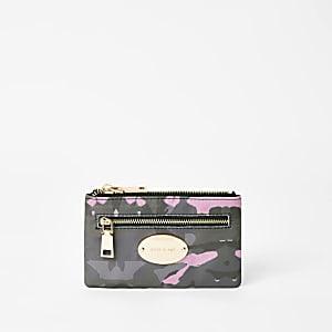 Kaki kleine ovale portemonnee met RI-merk en camouflageprint