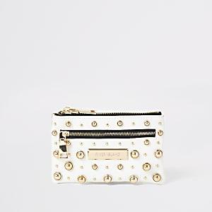 Witte portemonnee met polsbandje en studs