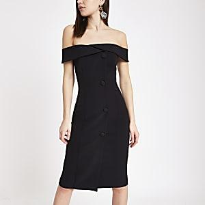 Robe Bardot mi-longue noire boutonnée sur le devant