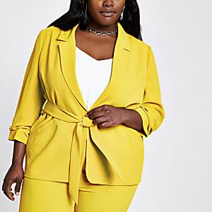 Plus – Gelber Blazer mit Raffung